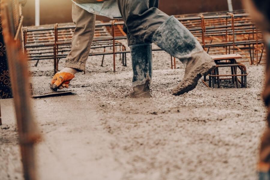 man repairing the concrete